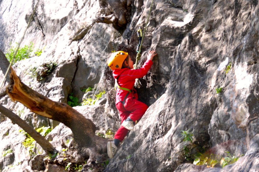arrampicantro-falesie-facili